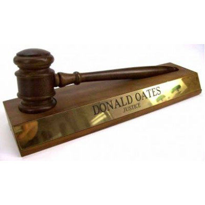 JUDGESGAVEL1
