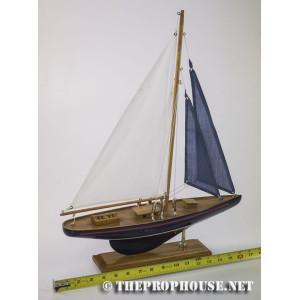 Model Sailboat 1
