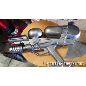 GUN136