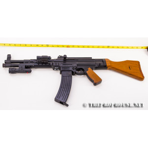 GUN 40